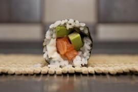 Простой рецепт суши роллов: справится каждый!