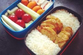 Рецепт бенто №28. Рис, курица и мини-сандвичи