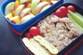 Рецепт бенто №6. Рис с морепродуктами и классический омлет