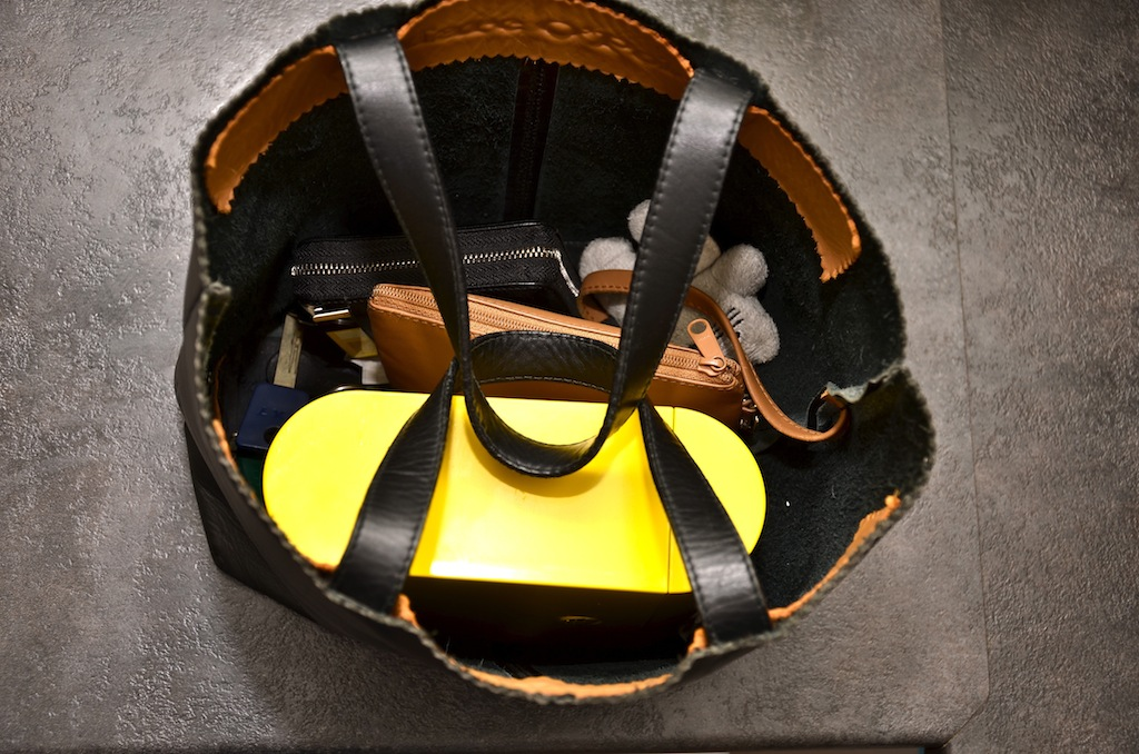 бенто бокс хорошо помещается в сумке
