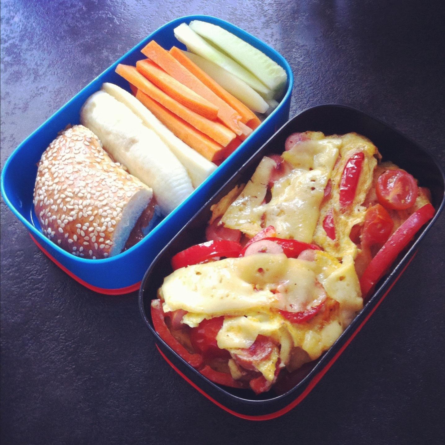 рецепт бенто обеда омлет с овощами и сыром