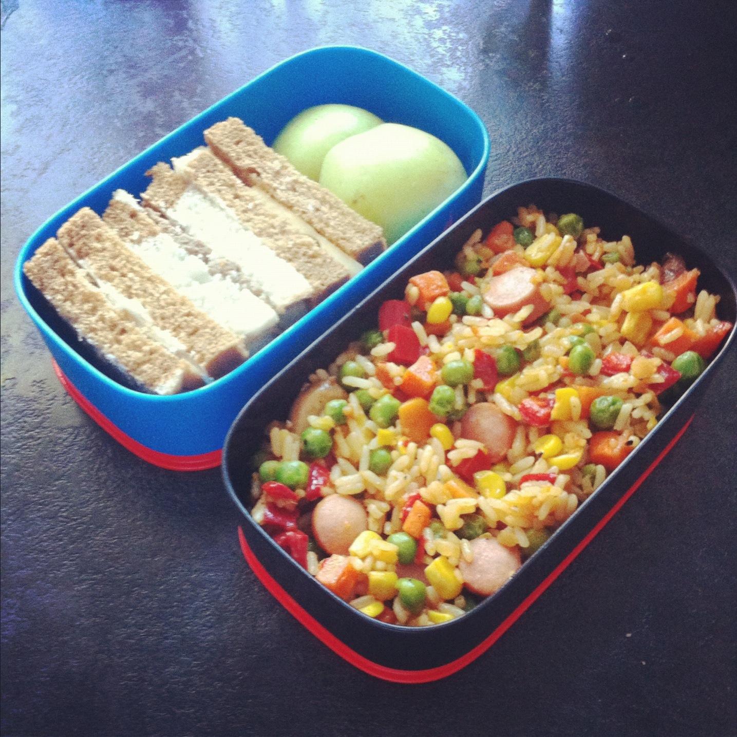 бенто рецепт обеда овощи сосиски сендвичи