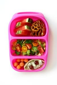 Детский обед (бенто). Овощи