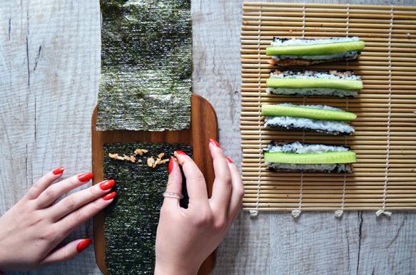как склеить нори для суши ролла