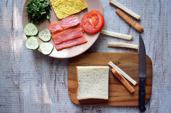 приготовление сэндвича