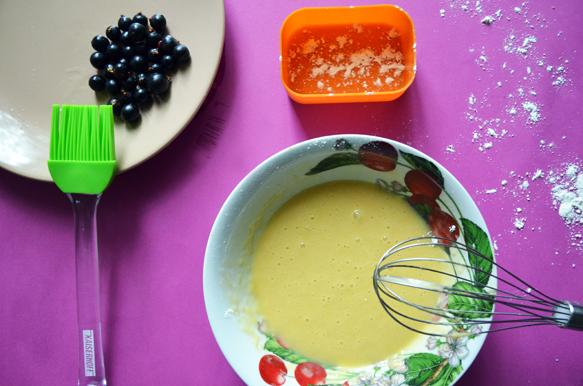 Рецепт мини-пирога со смородиной