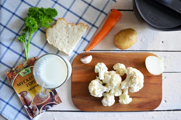 Ингредиенты для крем-супа из цветной капусты