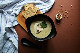 Рецепт бенто №120. Крем-суп из шампиньонов и картофеля
