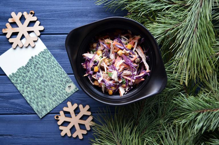 """Рецепт обеда. Салат """"Coleslow"""" с запечённой индейкой"""