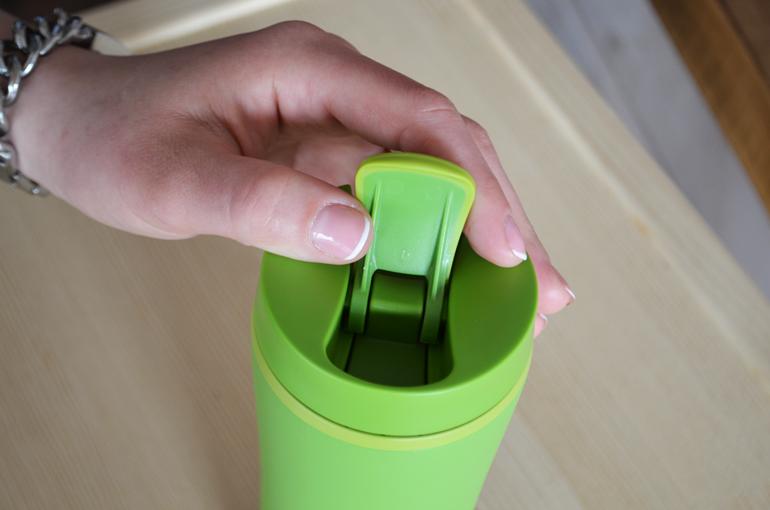 герметичная термокружка aladdin flip sip